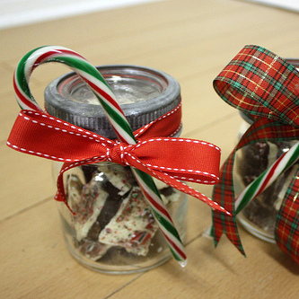 Homemade Peppermint Bark Jars
