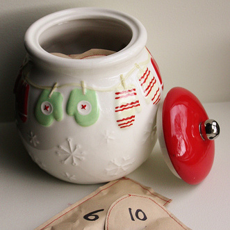 advent-calendar-cookie-jar-sewn-paper