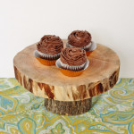 DIY Wooden Wedding Cake Stand