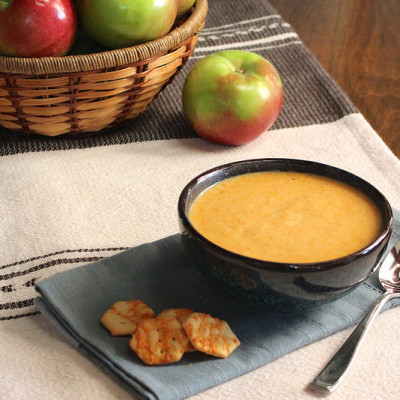 apple-cheddar-soup