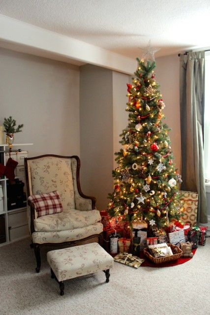 farmhouse-christmas-tree