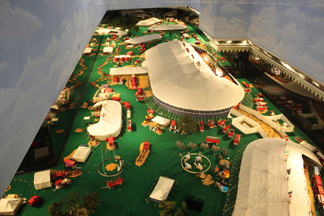 ringling-minature-circus-tents
