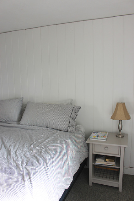 plank-wall-before-crown-molding