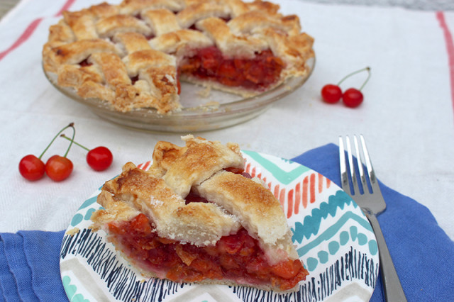 classic-sour-cherry-pie4