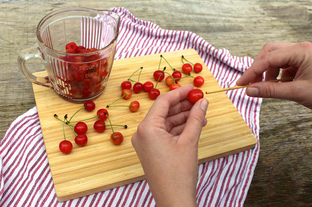 pitting-cherries-bamboo-skewer